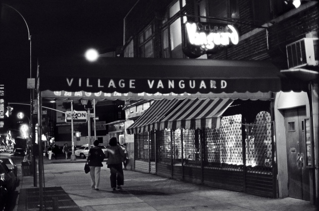 the_village_vanguard_at_night_1976